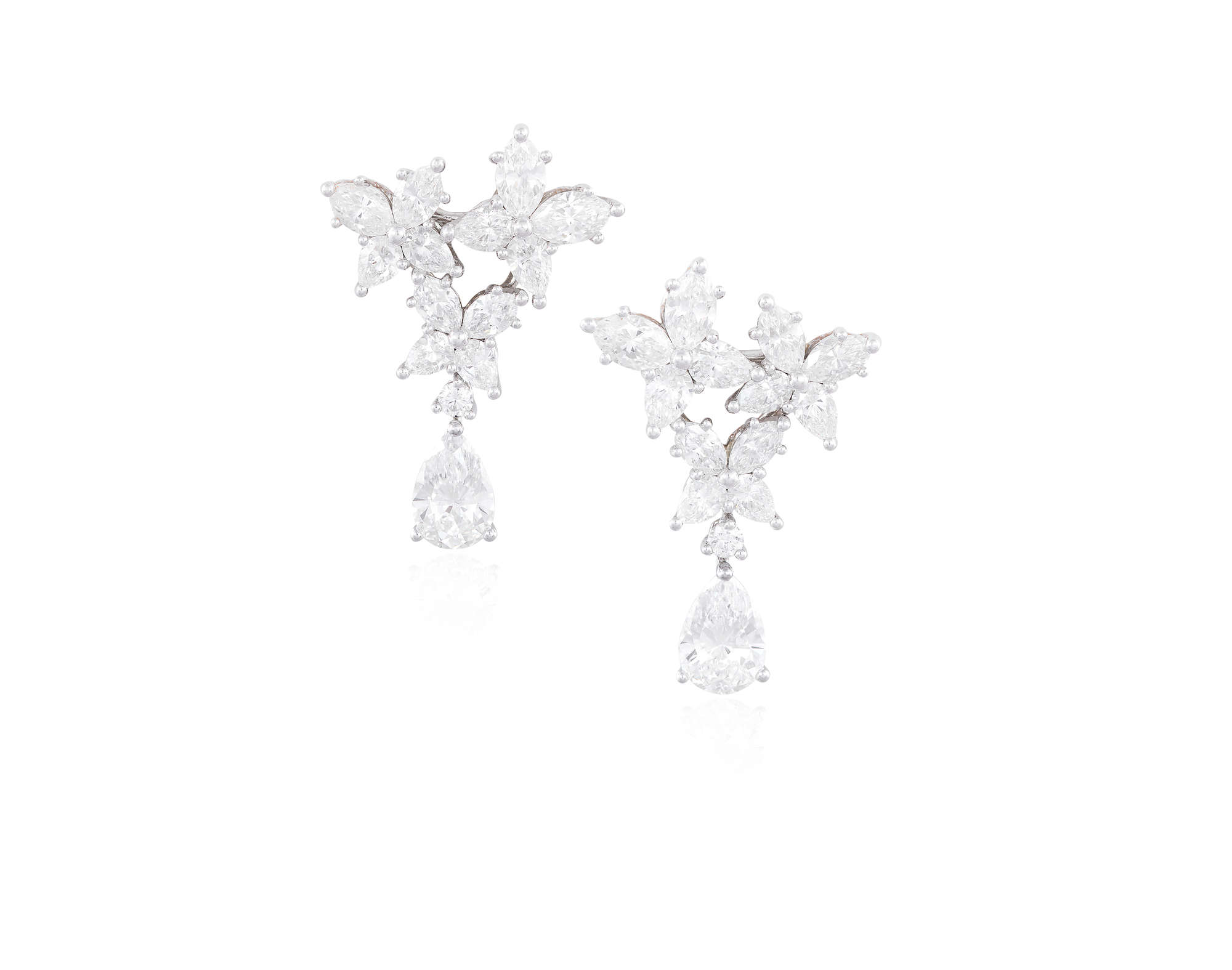 ad0408bf2faa5 LOT:146   A FINE PAIR OF DIAMOND PENDENT EARCLIPS, BY HARRY WINSTON ...