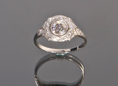 A diamond dress ring, 1.10ct - Sold for €3,600